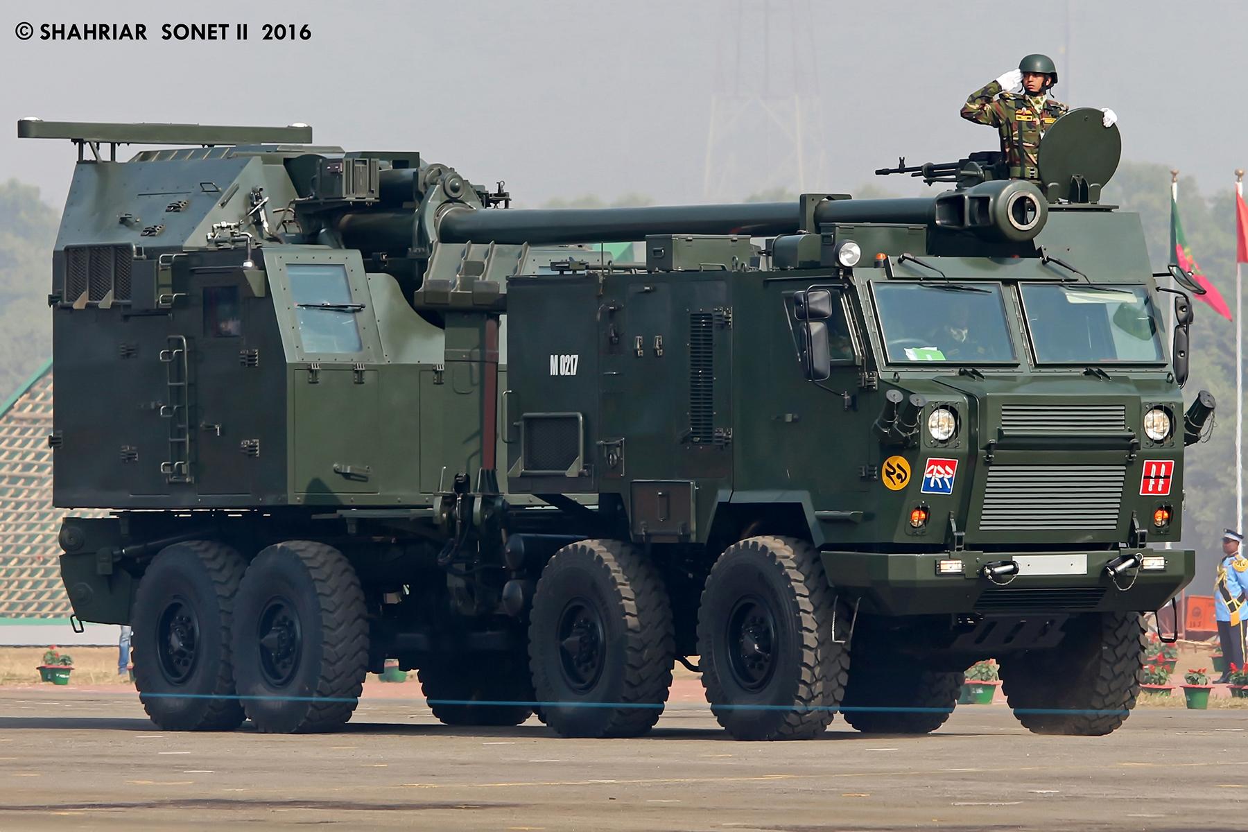 """Rum Yönetimi'nin, Sırbistan'dan satın aldığı NORA B-52 obüs sistemlerinin özelliklerini açıklıyoruz… """"Ateş Canavarı"""""""