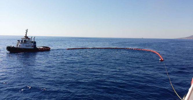 Akdeniz'de petrol kirliliğine karşı başlatılan deniz operasyonları sona erdi
