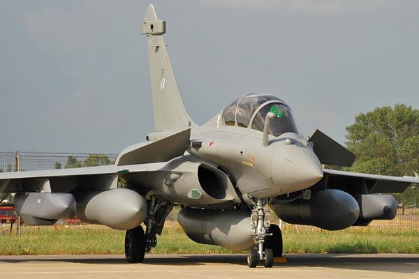 Yunanistan daha da silahlanıyor… Savaş hazırlığı mı?
