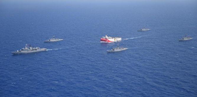 Yunanistan AB ile NATO'dan yardım istedi