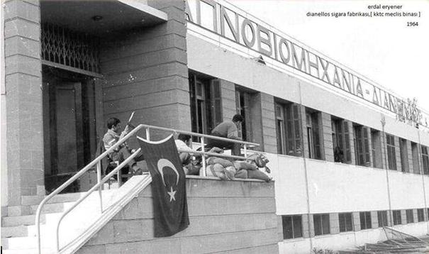Rumlar KKTC Meclisi binasını istiyor… Cesursan gel al!
