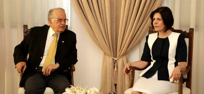 Meclis eski başkanları Atun ile Siber;  Akıncı masada taviz veriyor toplumu bölüyor