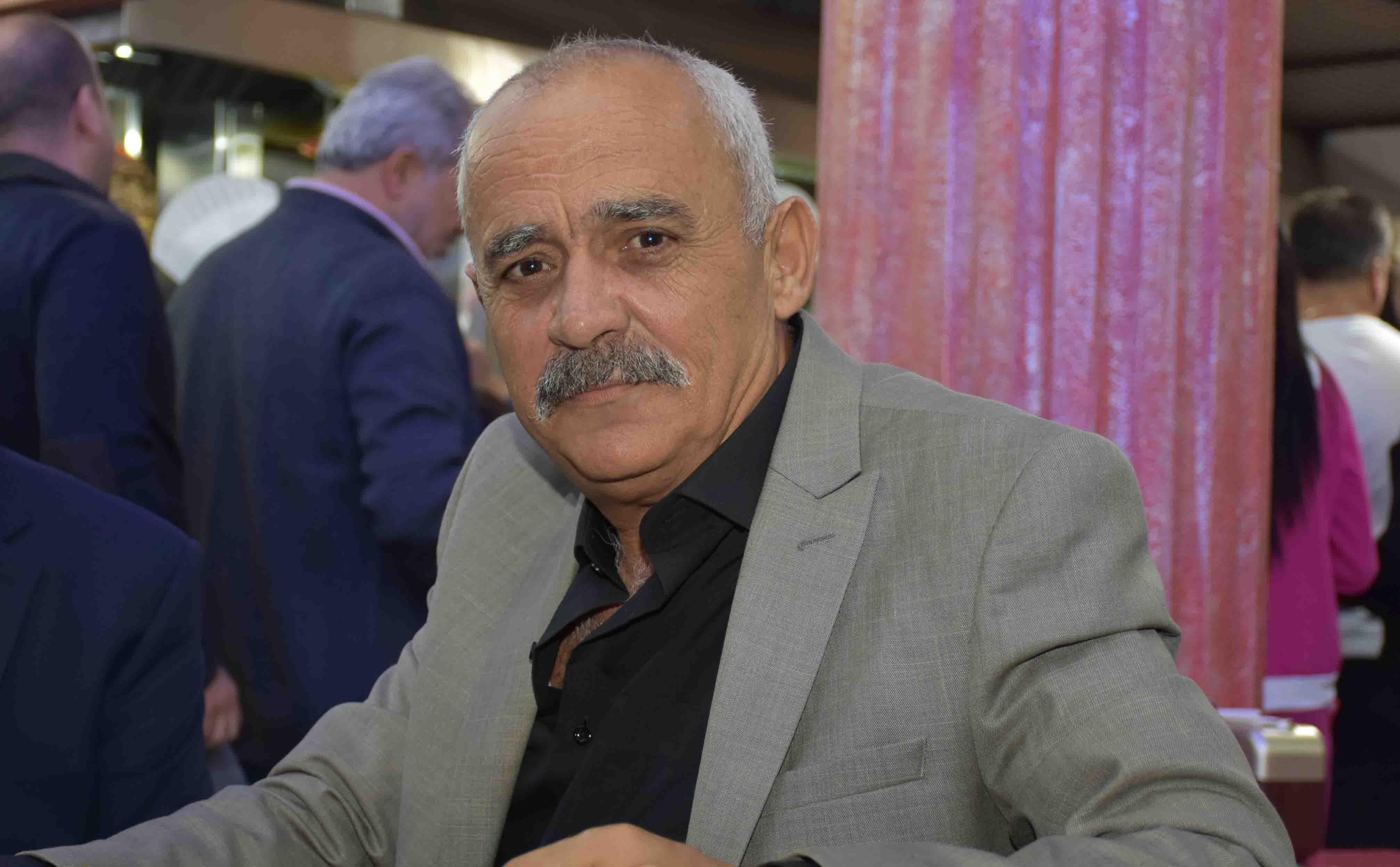 Aydın AKKURT;   AB lobicisi  Metin Münir  yine devrede