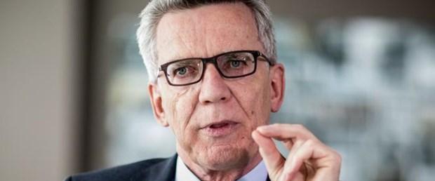 De Maiziere: Almanya'nın mülteci yükü çok fazla