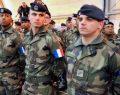 Fransız askerleri geliyor