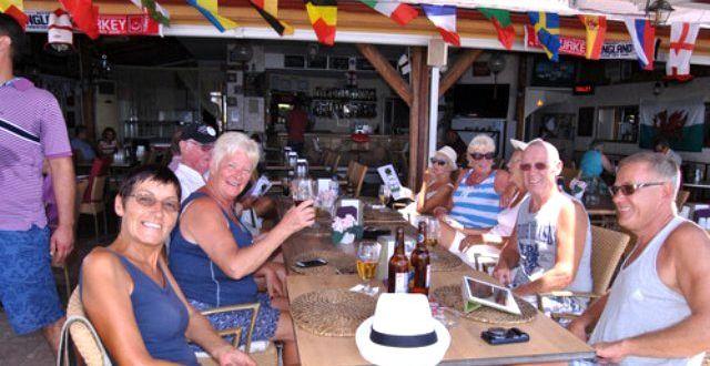 Rum Sağlık Bakanlığı;    İngiltere'den turist kabul edilmeyecek