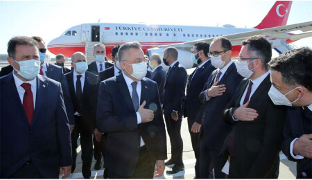 Sendikalardan 'şok eylem' hazırlığı: Fuat Oktay'ın uçağı Ercan'a inemeyebilir