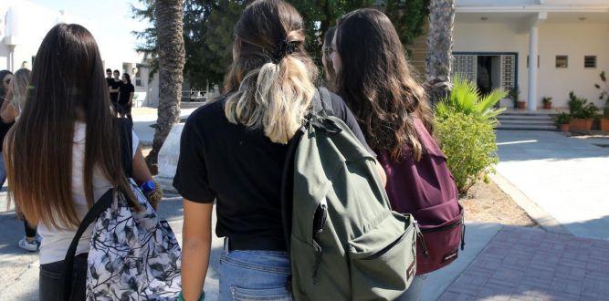 Okullar kademeli olarak açılıyor