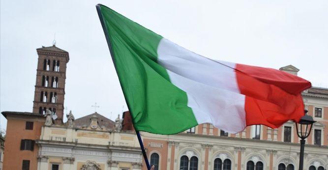 İtalya'da tüm nüfusun aşılandığı Procida Adası 'Kovidsiz ada' oldu