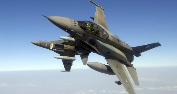 Yunan F-16 savaş uçakları Rum'u güçlendirecek